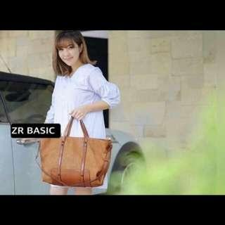 Zara Basic warna maroon
