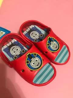 Thomas 拖鞋仔