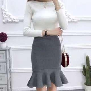 🚚 Brand new with tag BNWT grey knitted mermaid bandage skirt