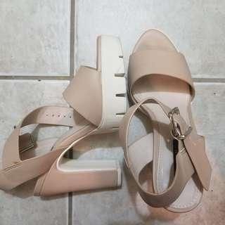 Forever 21 platform heels sz 6