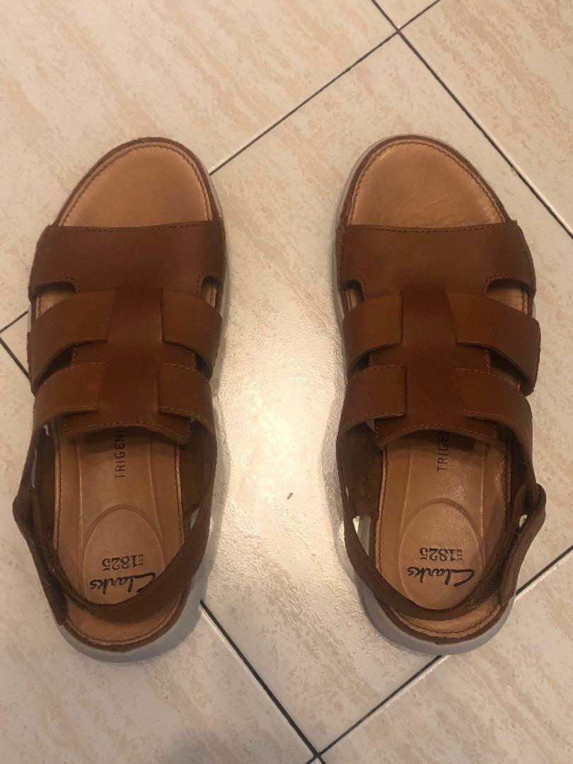 d3e8e82a3c76e9 Clarks trigenic sandals