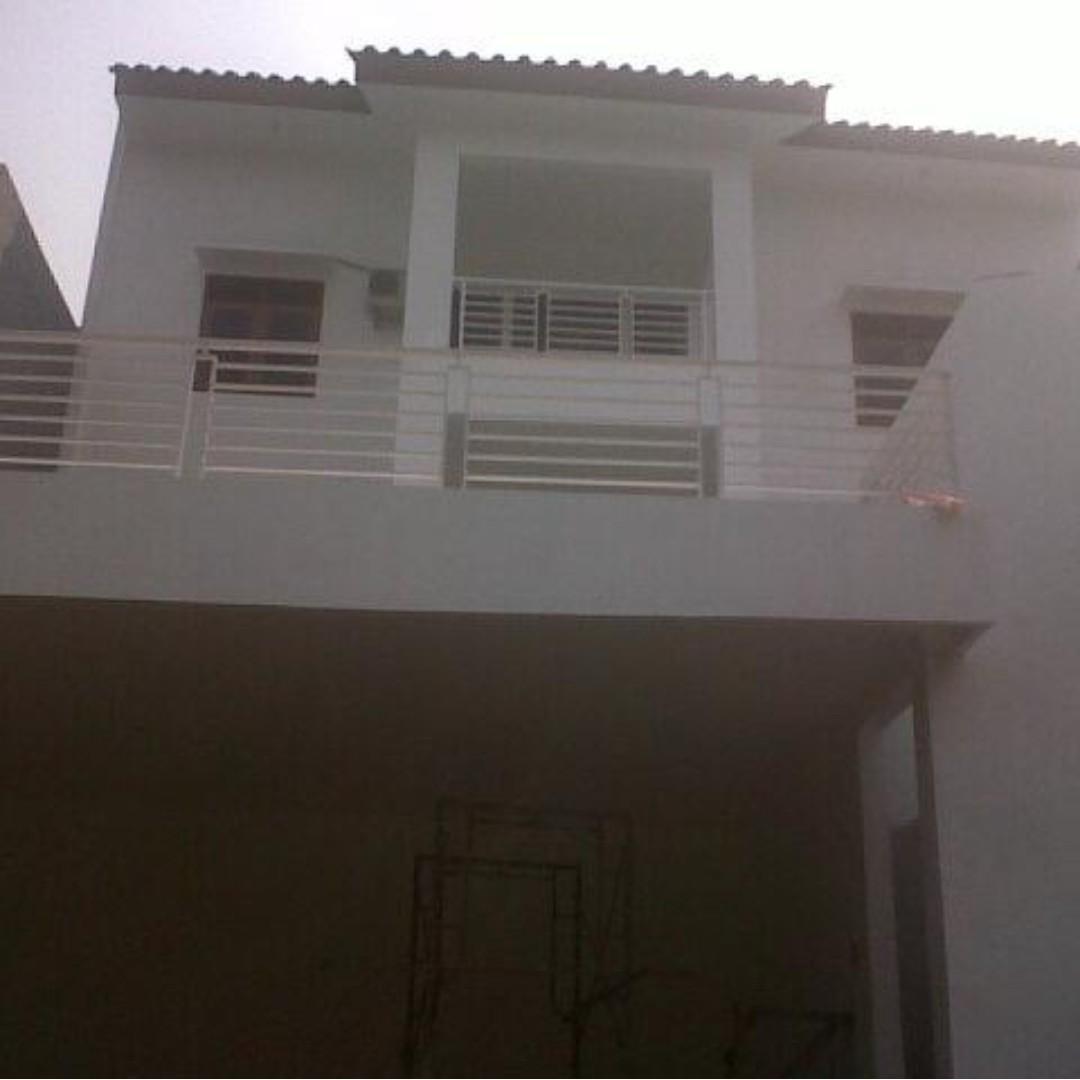 DISEWAKAN Rumah 3 Lantai, di PURI SRIWEDARI, Cibubur