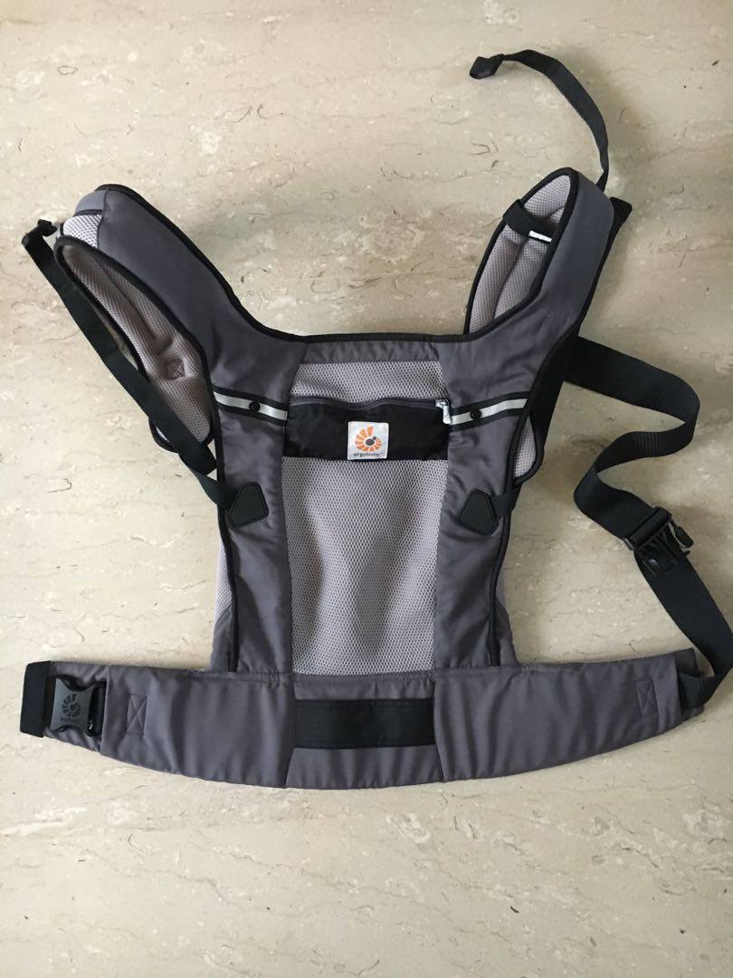 Ergo Baby Performance Ventus Graphite Cool Mesh Three Way Carrier