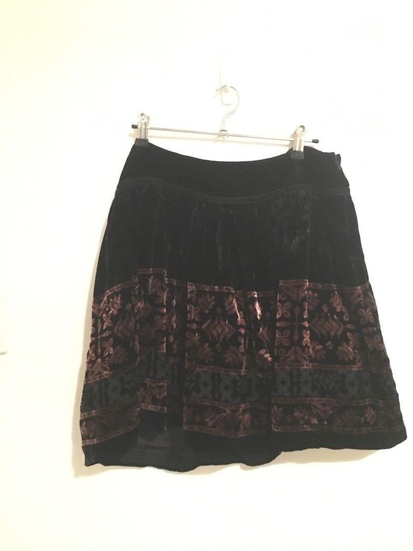 Forever new crushed velvet black patterned skirt with tulle underlay