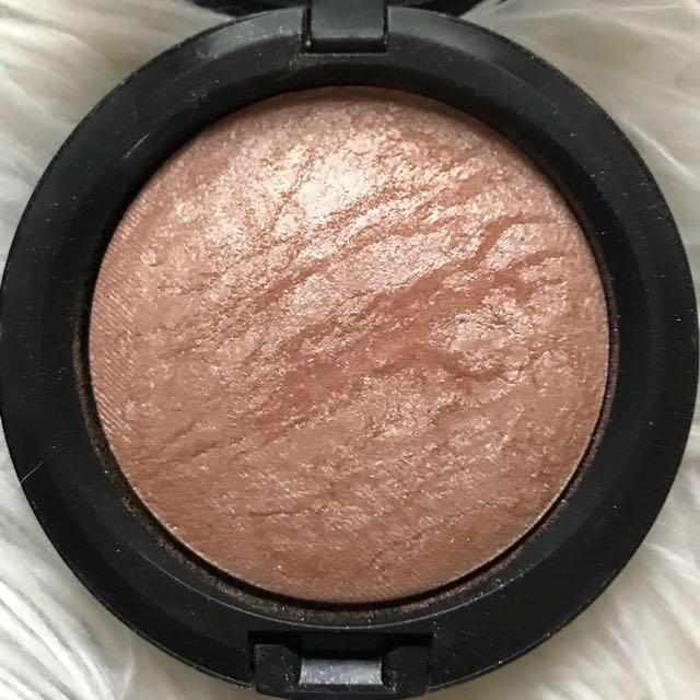 MAC Mineralised Skin Finish in Soft and Gentle
