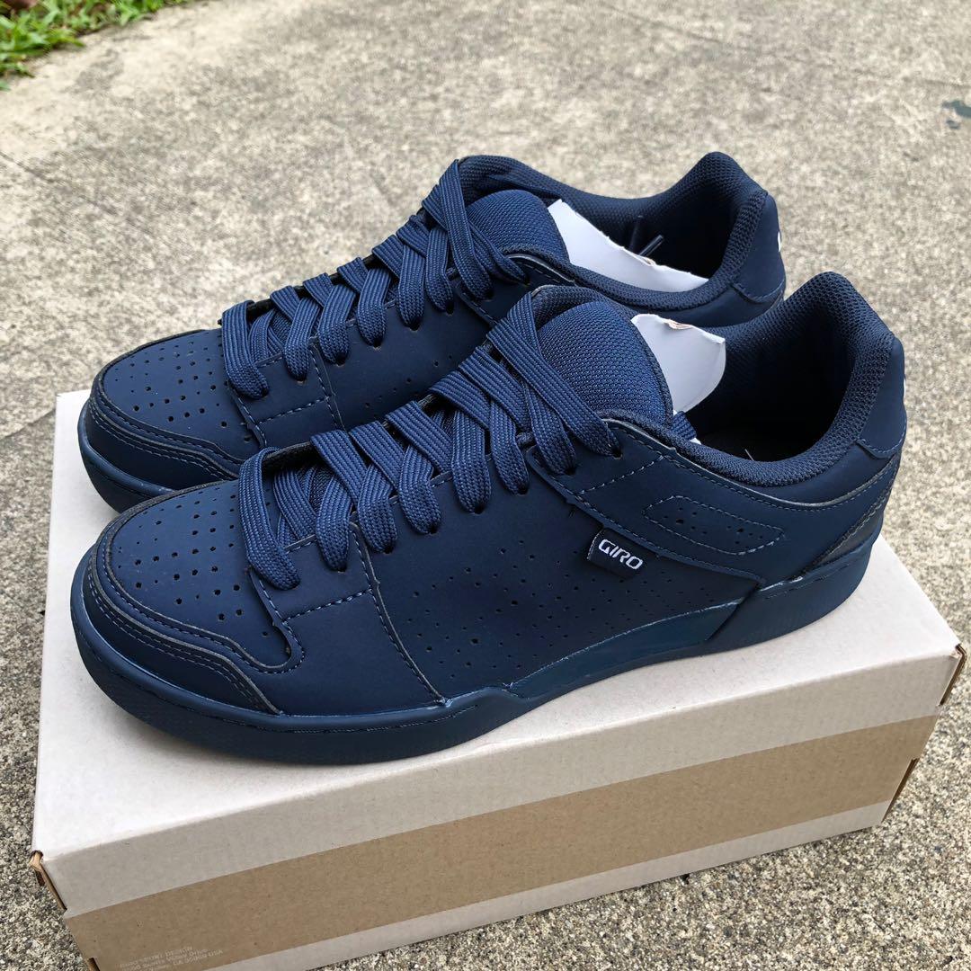 517ecabfcb7 New  Giro Jacket™ II Cycling shoes midnight blue