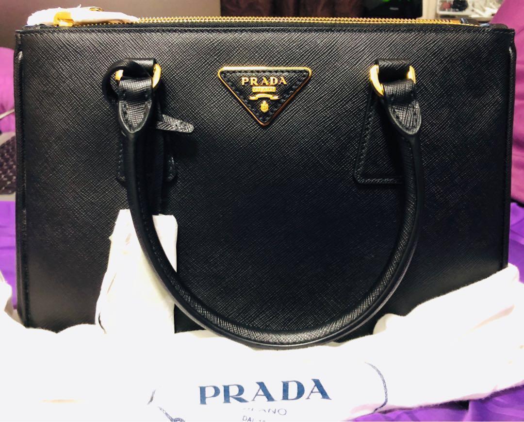 abd2ed9b5db Prada Saffiano Lux Galleria Shopping Bag 28cm, Luxury, Bags ...