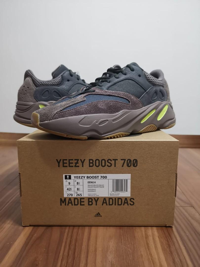 Yeezy Boost 700 Mauve, Men's Fashion