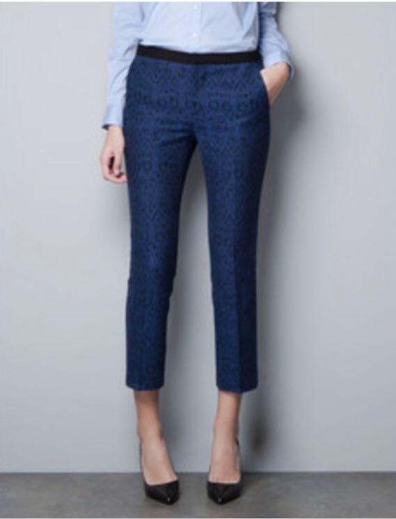 318fdff1 Zara blue jacquard trousers xs, Women's Fashion, Clothes, Pants ...