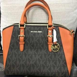 Michael Kors Ciara Large Handbag 100% original- NEW