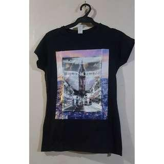 Women Black Shirt with Printed London City Small