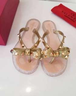 Vlentino Sandals