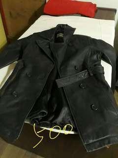 🚚 S號質感長版顯瘦皮衣