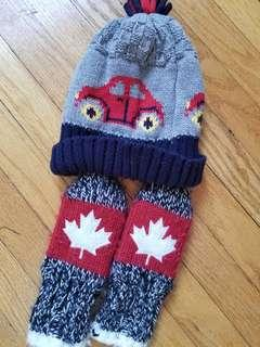 Oh Canada mittens and new toque size 0-12mths. Excellent condition. Take both for $12 or each for $8. Pick up Gerrard and Main or Bloor and church.