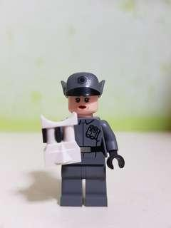 AUTHENTIC LEGO STARWARS first order officer