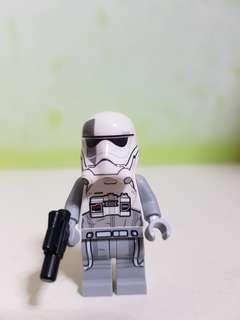 AUTHENTIC LEGO STARWARS first order walker driver