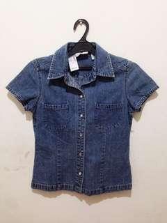 Kemeja jeans GAP ukuran S
