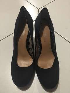 Ninewest Black Heels