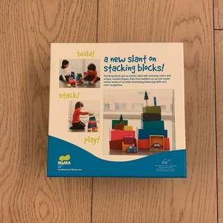 MoMA stacking blocks