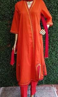 Indian/ Pakistani 3 piece suit (preloved)