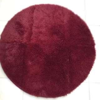 Lucky Round Carpet