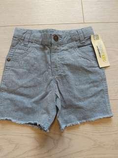 🚚 BNWT OshKosh 2T Denim Shorts - Distressed style
