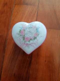 heart shape porcelin
