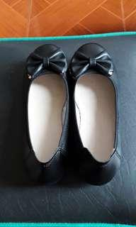Black Comfort Shoes