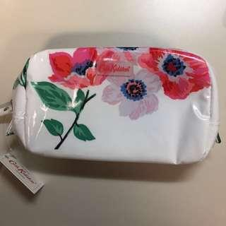 Authentic Cath Kidston Make up case Anemone Bounquet
