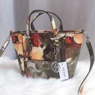 #BlackFriday100 GUESS FLORAL MINY DELANY