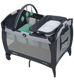 🚚 Graco Pack 'N Play Playyard with reversible Napper and Changer