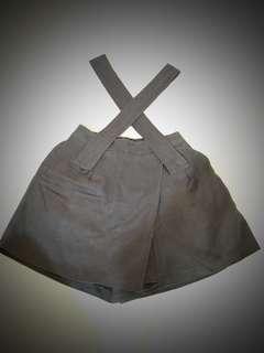 闊吊帶裙褲