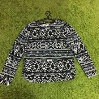Long sleeve top with tribal pattern