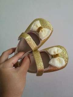 Sepatu Pesta Bayi (Prewalker)