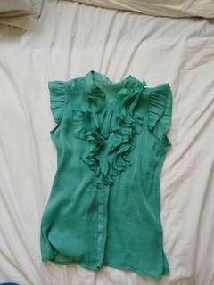 Green ruffled sleeveless chiffon #APR10