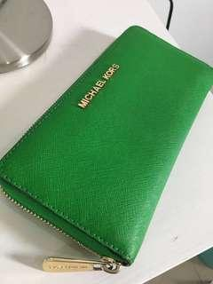 Michael Kors Wallet Saffiano Leather in Green