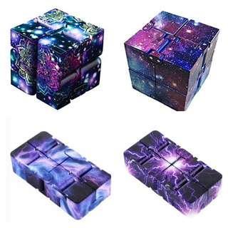 INSTOCK Fidget Infinity Cube Fidgeting