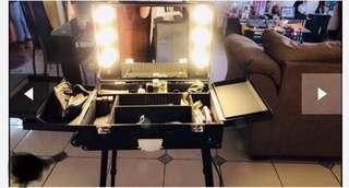 Glad king Wheeled make up trolley