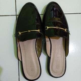 Mules sandals