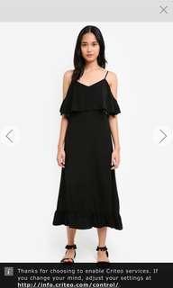 BNWT cold Shoulder maxi dress