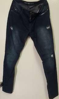 Ripped jeans - Size 32