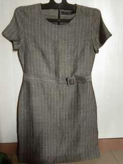 Dress wanita kerja