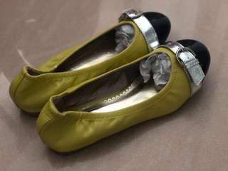 Union 女裝芥末黃色平底鞋