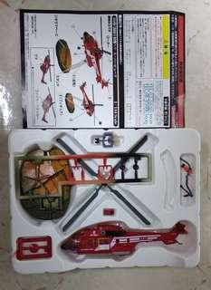 Takara 日本沈沒美洲豹直升機+地台