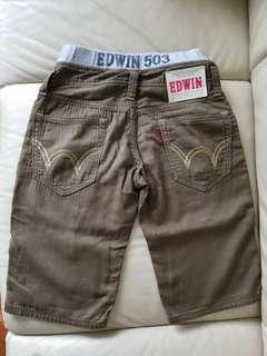 EDWIN 軍綠色綿質短褲 size 130