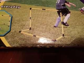 NEVER USED : Soccer Goal Posts for Kids