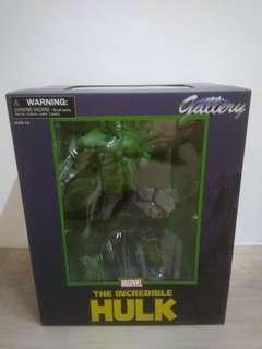 Hulk Diamond Select Toys 11-inch PVC statue Marvel Gallery