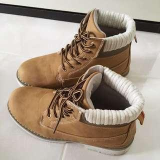 🚚 Ladies Winter Boots