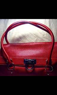 Christmas SALE🎄🎄Preloved Authentic Salvatore Ferragamo Leather Bag