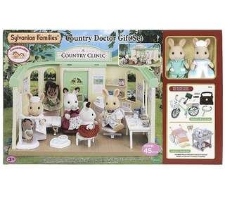 *Xmas sales* Sylvanian Families Country Doctor gift set